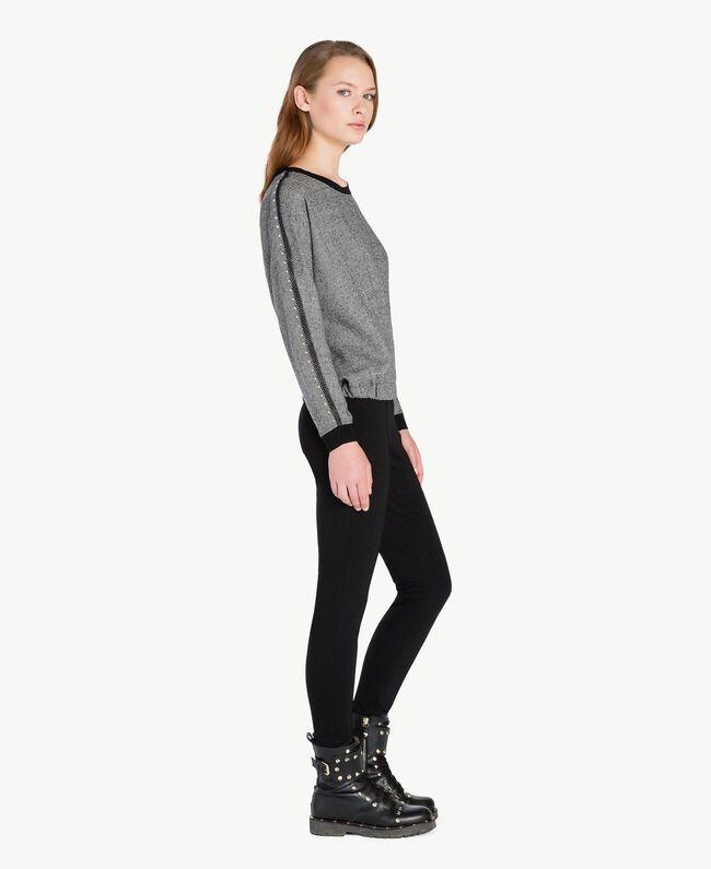 Bluse mit Nieten Grau Melange TA7283-01