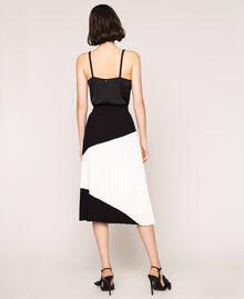 "Pleated crêpe de Chine midi skirt Two-tone ""Silk"" White / Black Woman 201ST2013-04"