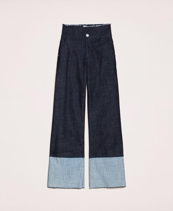 Wide-Leg-Jeans mit Maxi-Aufschlag