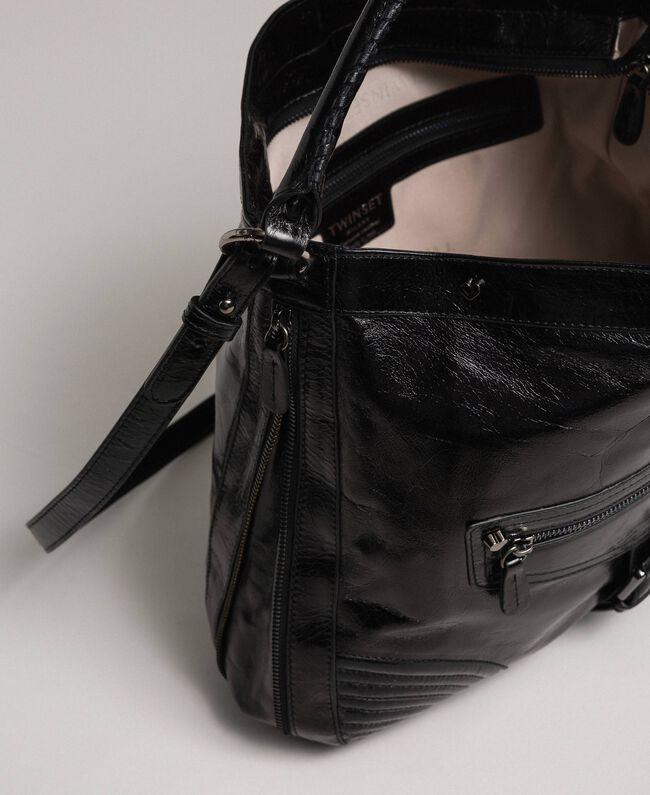 Sac cabas en cuir effet craquelé avec clous Rouge Betterave Femme 192TA7236-05