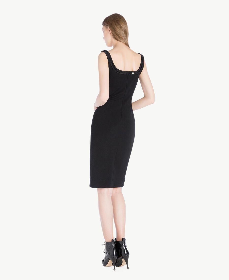 Robe fourreau Noir Femme PS828C-03