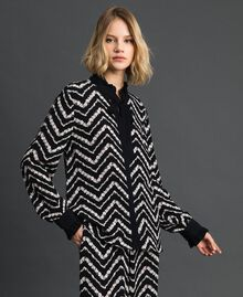 "Floral and chevron print shirt Black / ""Snow"" Chevron Print Woman 192TP2529-01"