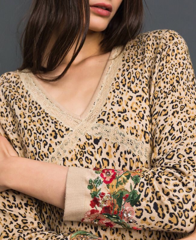 Knit dress with animal and floral print Leo / Flower Mix Print Woman 192TP3360-04