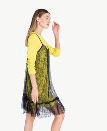 Kleid im Unterkleidstil mit Spitze Schwarz Weiblich PA72YE-02