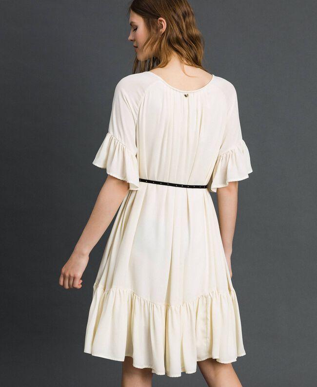 Robe en crêpe de Chine avec ceinture Blanc Vanille Femme 192MP2163-04