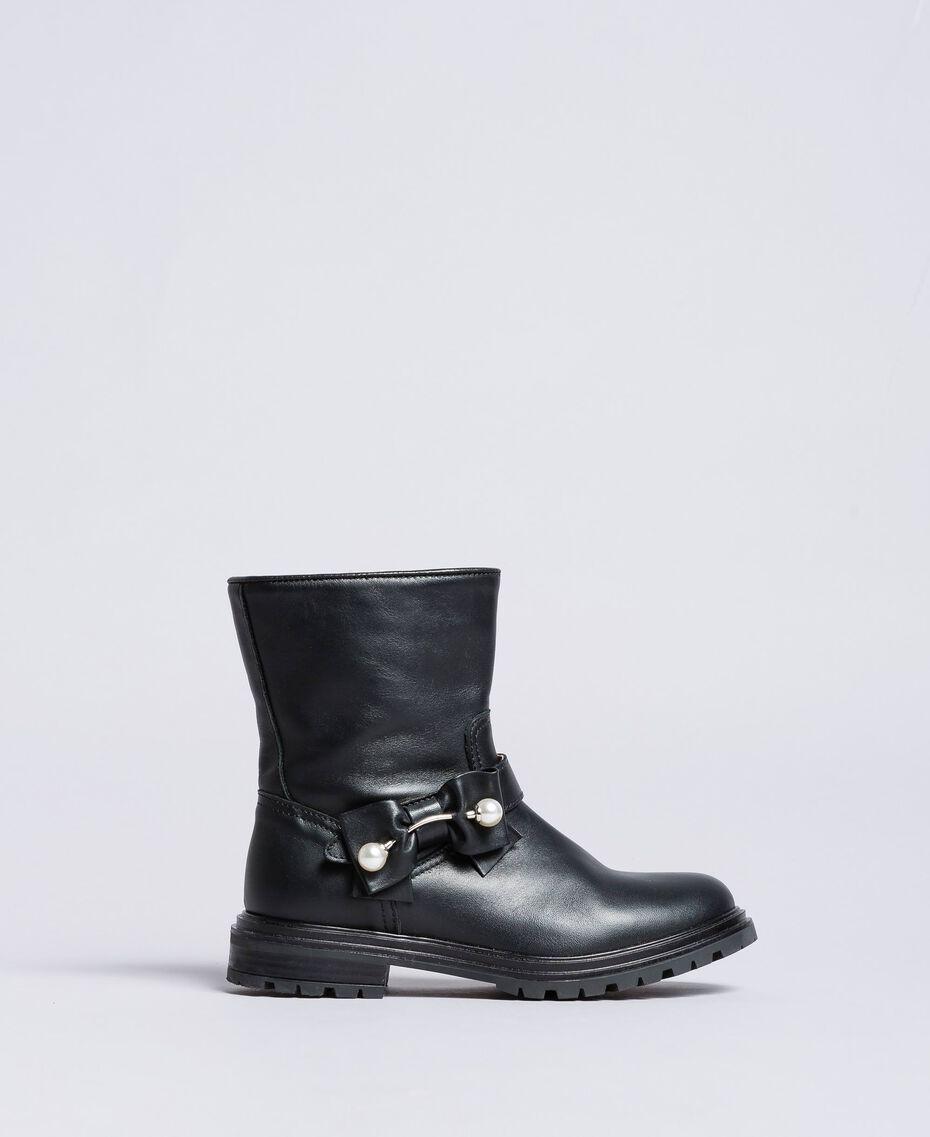 Кожаные сапожки с жемчужинами Черный Pебенок HA88AJ-02