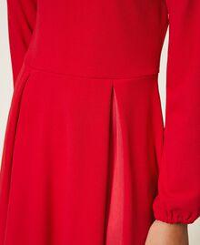 Robe avec plis et satin Rouge Cerise Enfant 202GJ2153-04