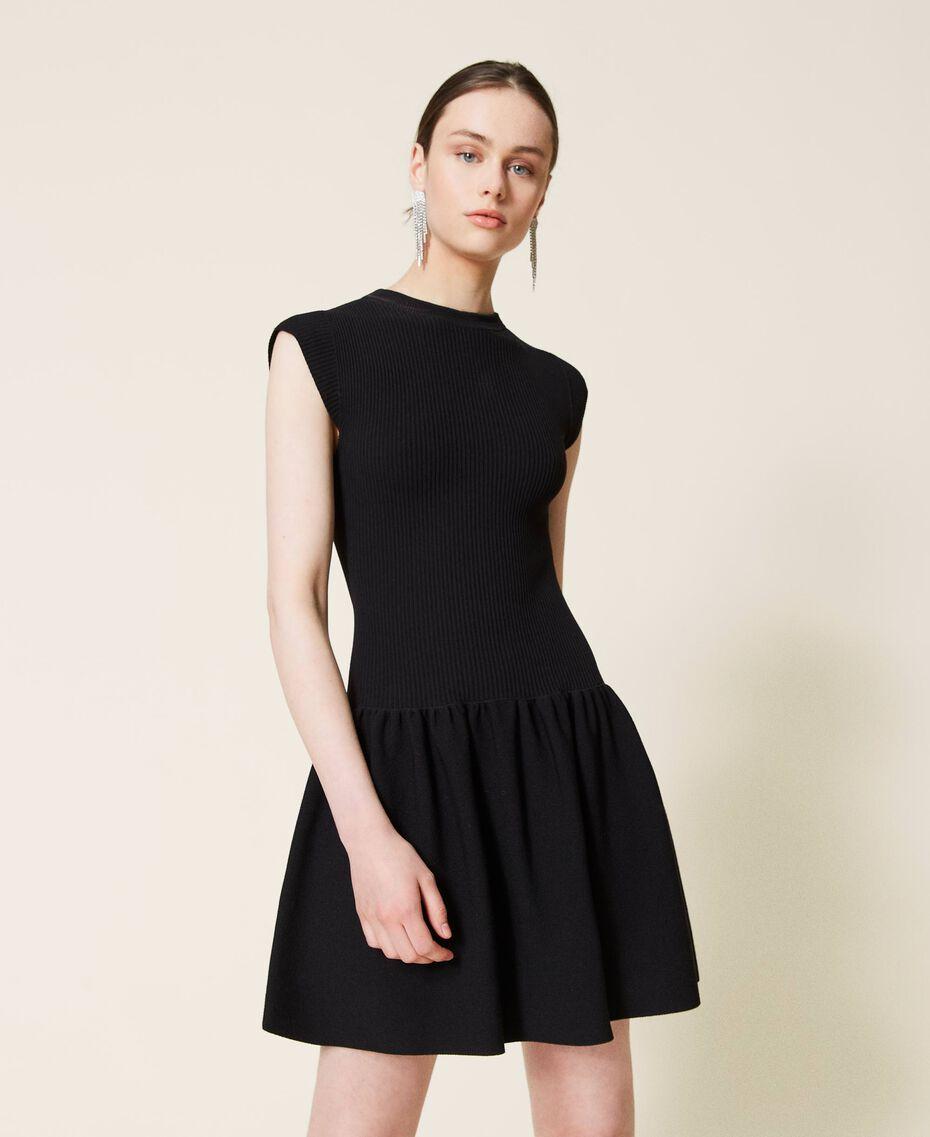 Robe côtelée avec jupe plissée Noir Femme 212AP3280-02