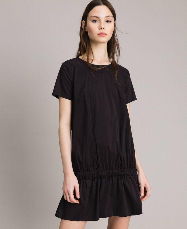 Popeline-Kleid mit Kordelzug Schwarz Frau 191MP2191-01