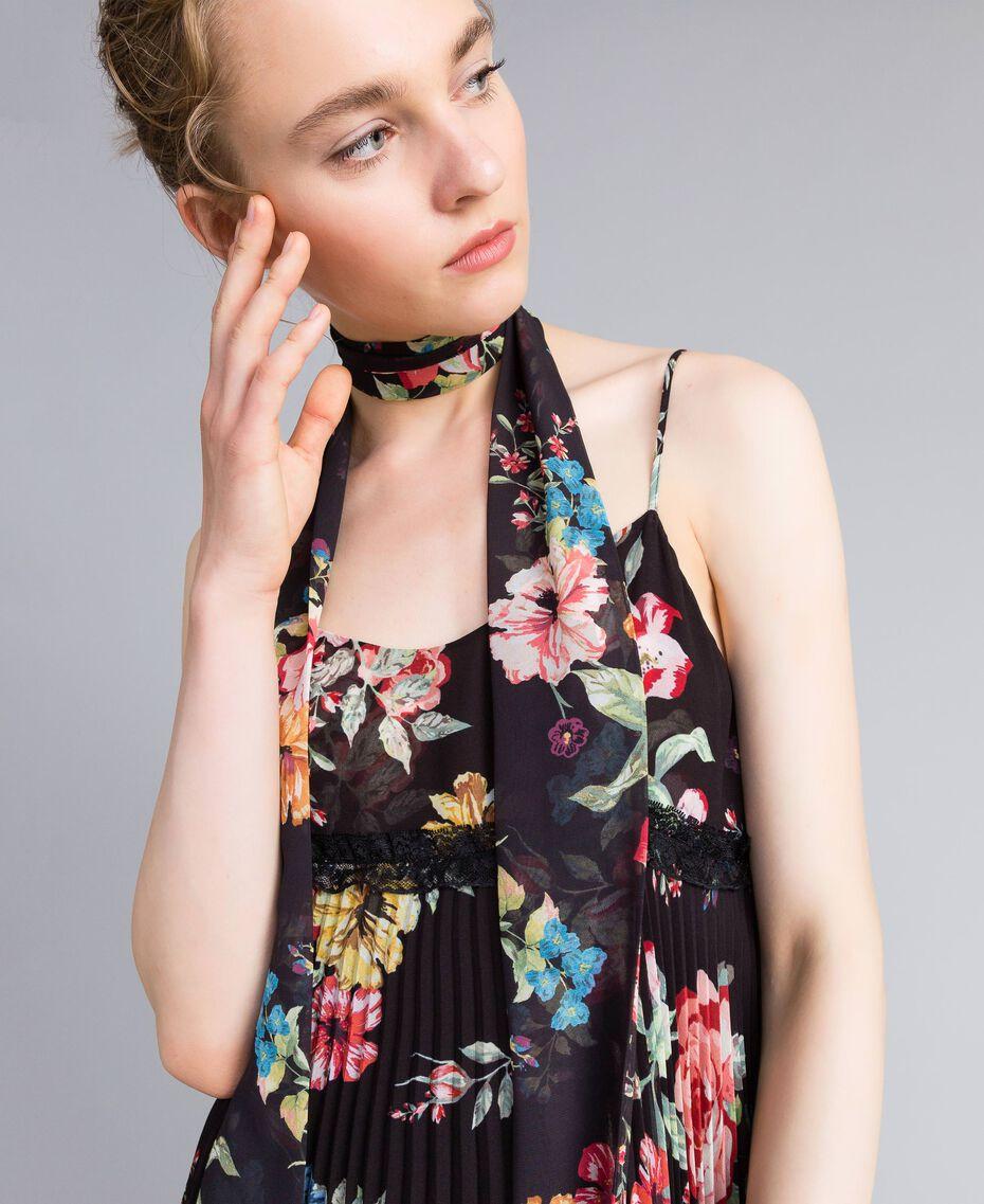 Foulard en viscose avec imprimé floral Imprimé Roses et Lis Femme AA8P16-0S