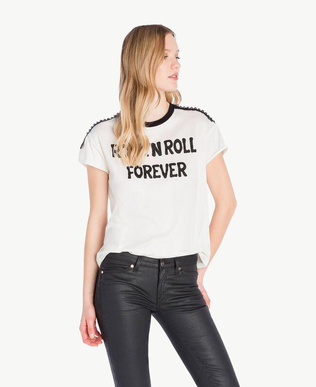 T-Shirt mit Nieten Helles Elfenbein Frau PS82N1-01