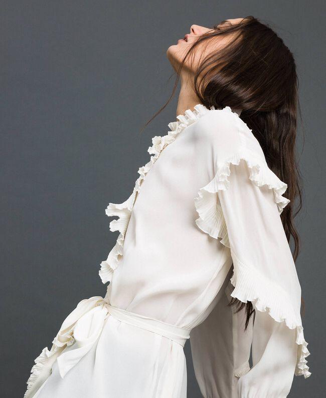 Kleid aus Crêpe de Chine aus Seidenmischung Weiß Schnee Frau 192TP2101-01