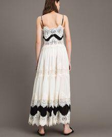 Robe longue en georgette agrémentée de dentelle Bicolore Blanc Neige/ Noir Femme 191TT2100-04