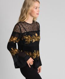 Blouse en mousseline avec imprimé floral Imprimé Rayures Patch Fleur Baroque Noir Femme 192TT2540-03