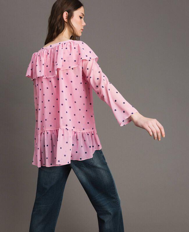 Georgette-Bluse mit Aufdruck Motiv Herzen Polka Dot Hortensienpink Frau 191MP2381-03
