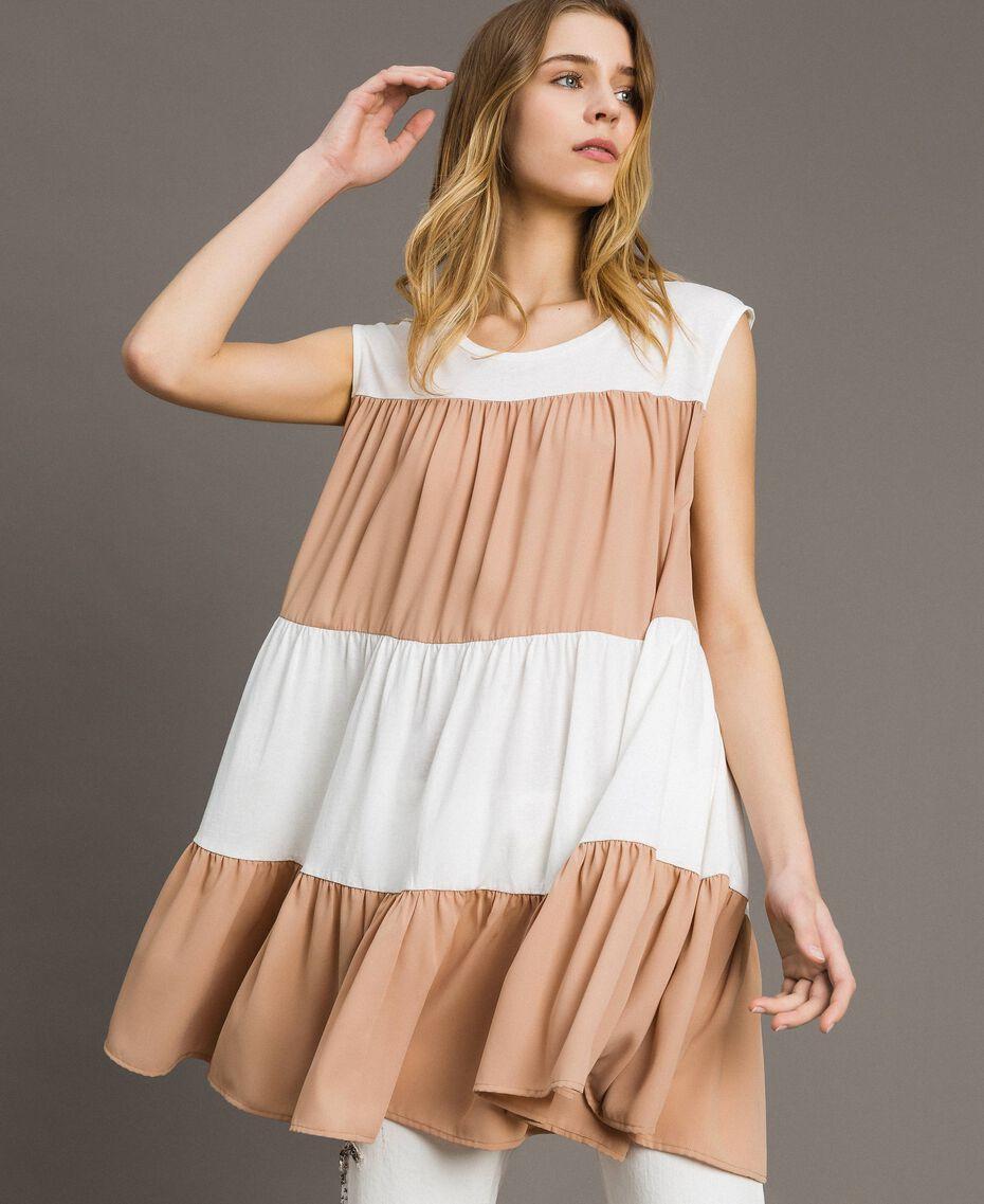 """Minikleid aus Jerseystoff und Musselin Zweifarbig Elefnbeinfarben / """"Petra Sandstone"""" Braun Frau 191LM2HHH-01"""