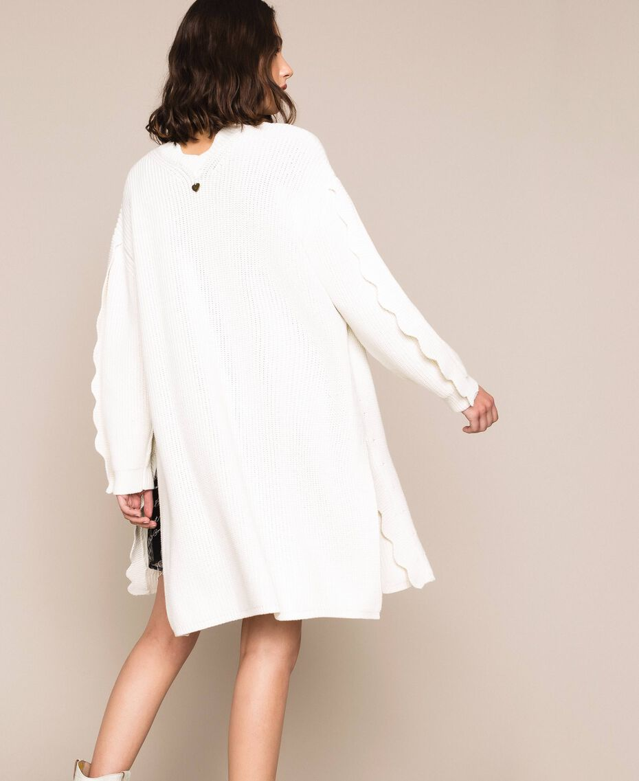 Maxicardigan mit Wellenrändern Weiß Schnee Frau 201TP3020-03