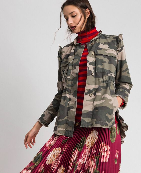 Camouflage print jacket with embroideries