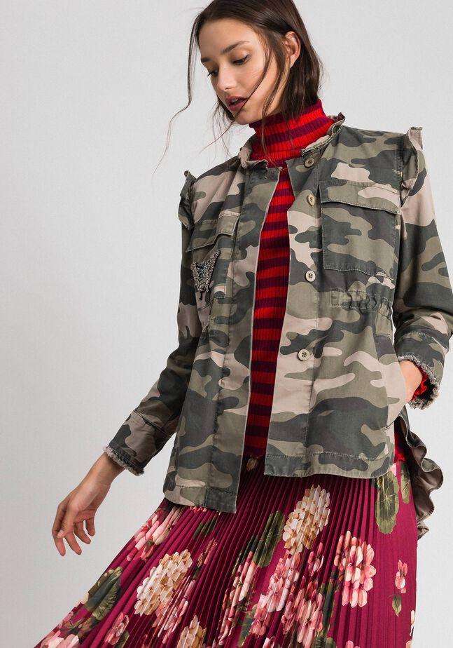 Blouson avec imprimé camouflage et broderies