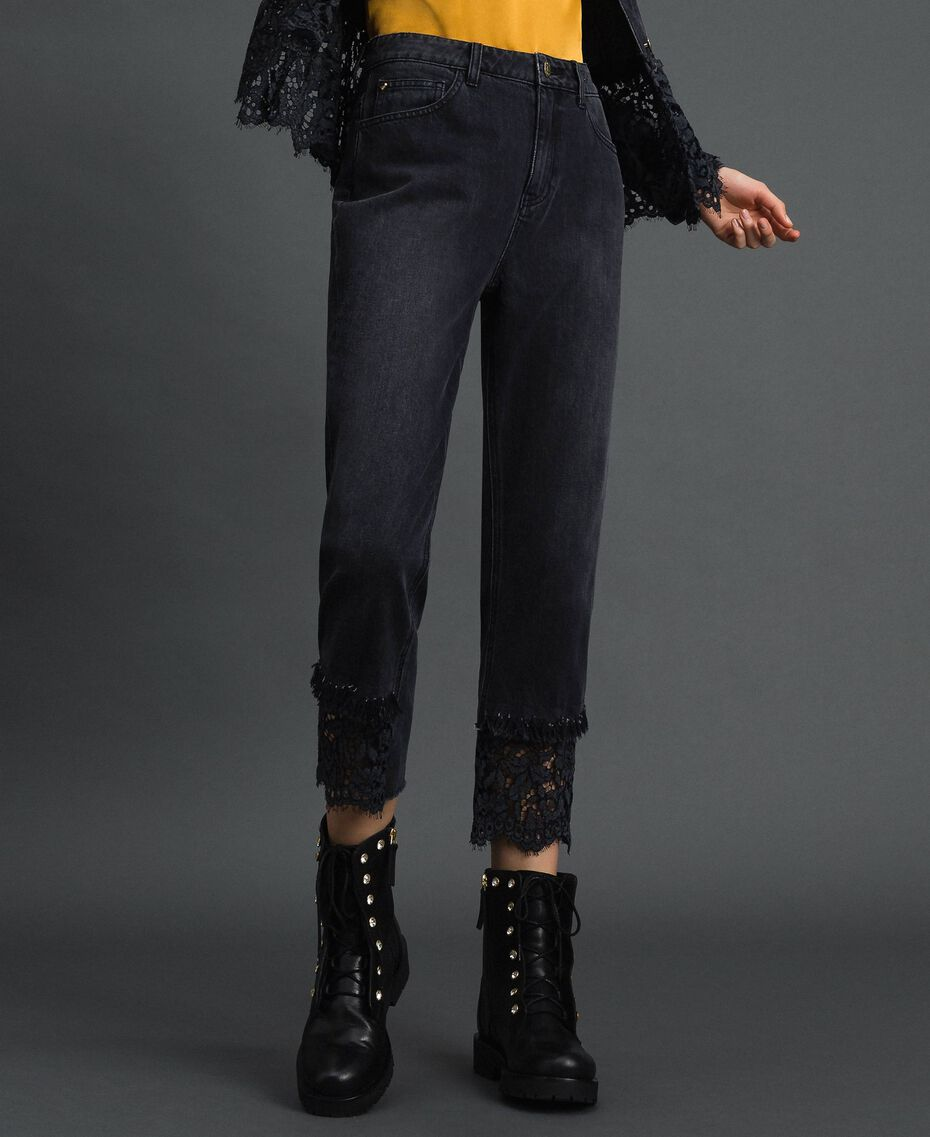 Black denim girlfriend jeans with lace Black Denim Woman 192MP2332-02