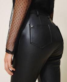 Pantalón pitillo de piel sintética Negro Mujer 202MP2081-04
