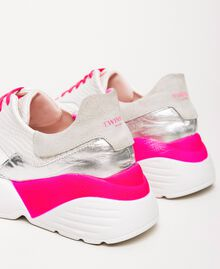 Running shoes with fluorescent finishes Two-tone Optical White / Fluo Fuchsia Woman 201TCP150-04