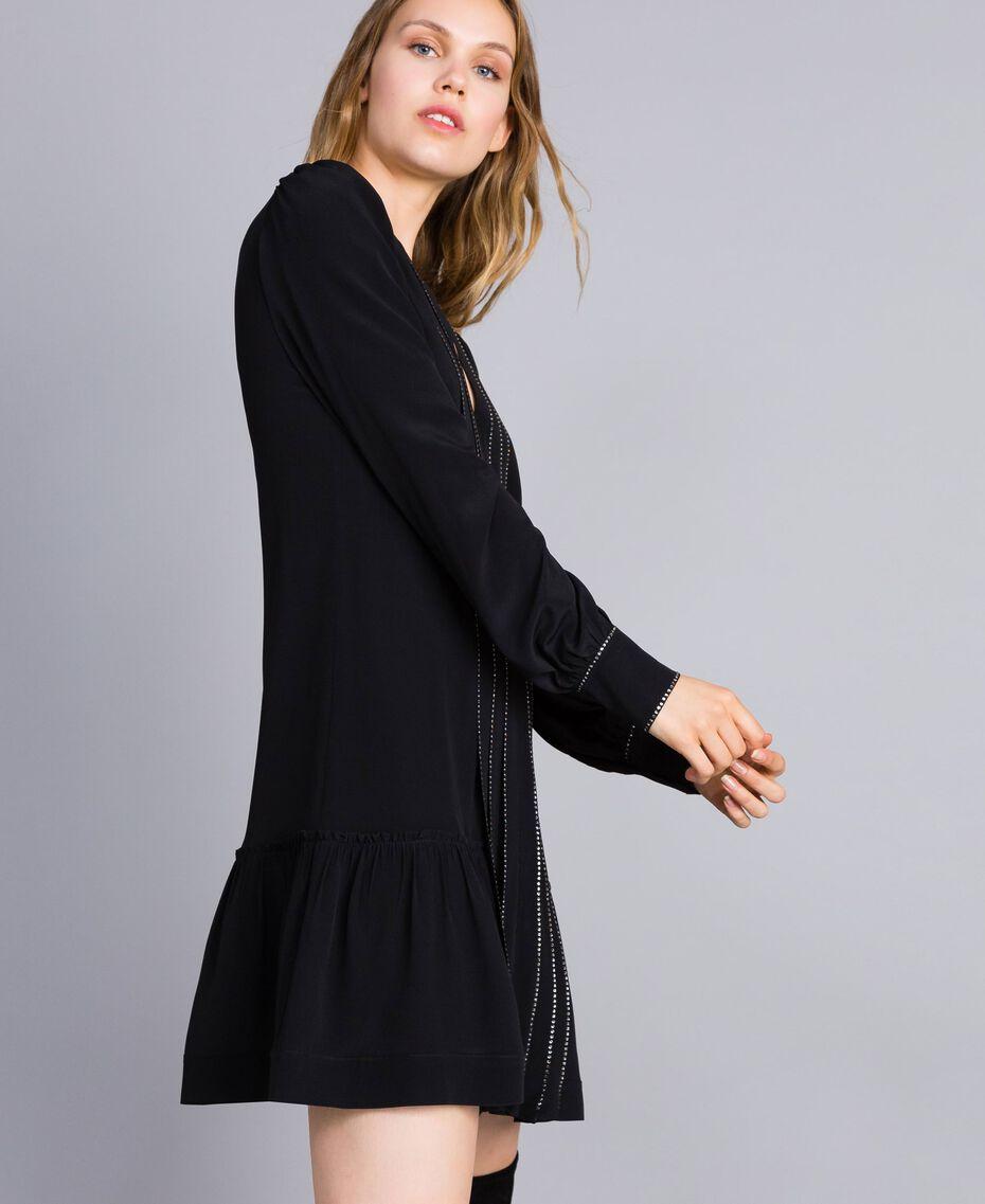 Kurzes Kleid aus Seidenmischung mit Strass Schwarz Frau TA8234-02