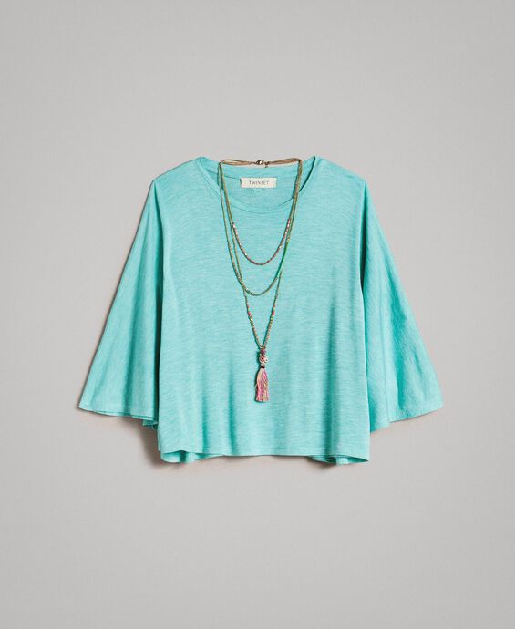 Jersey T-shirt and multiclour necklace