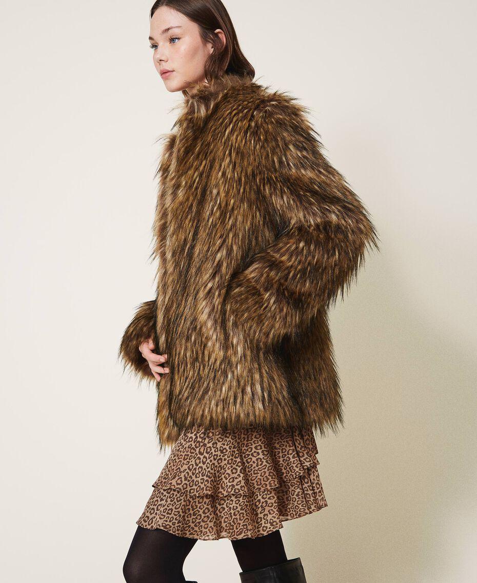 Manteau en fausse fourrure Camel Femme 202TT2051-02