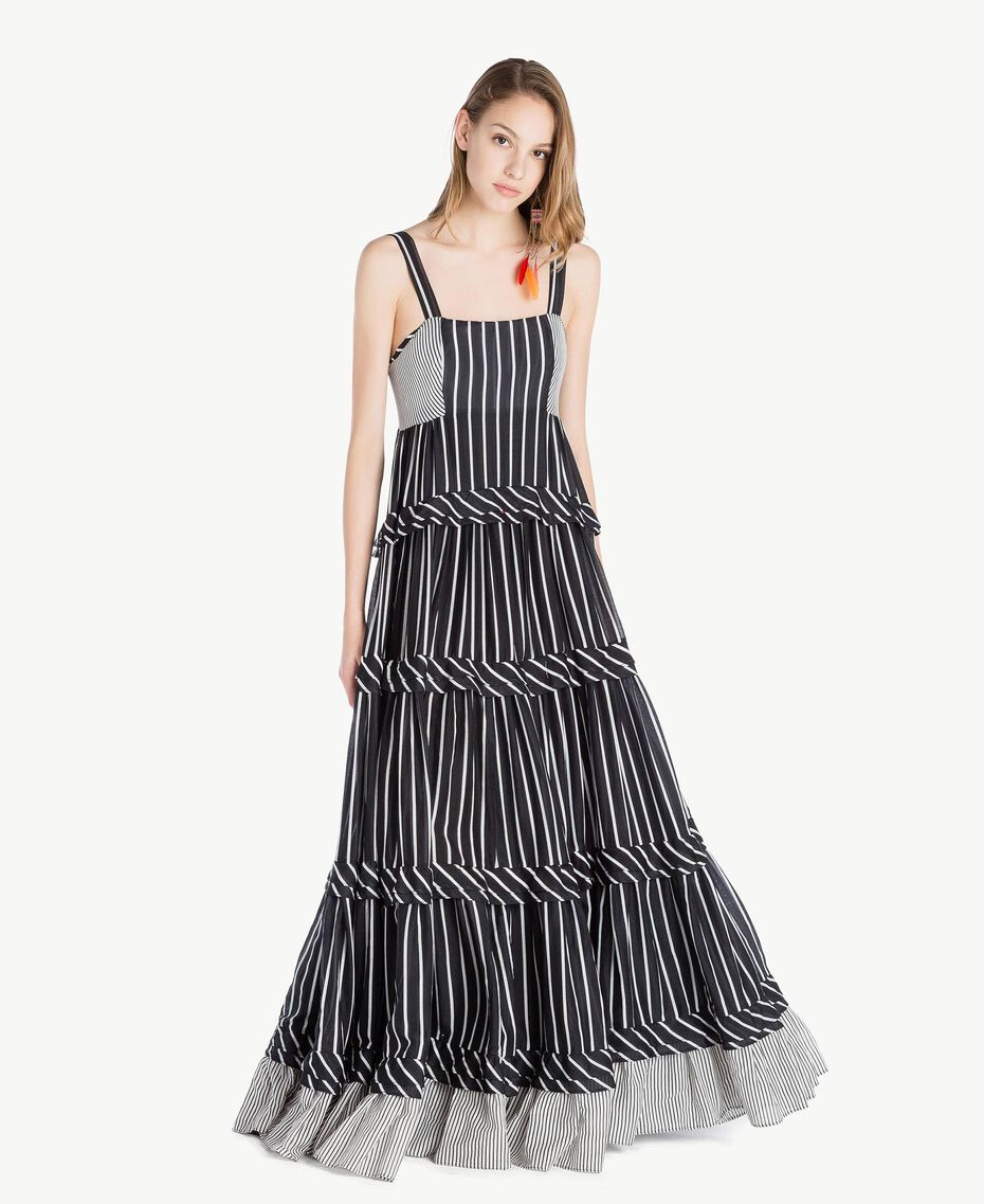 Langes Kleid mit Prints Gestreifter Patch-Print Frau TS82ZT-01