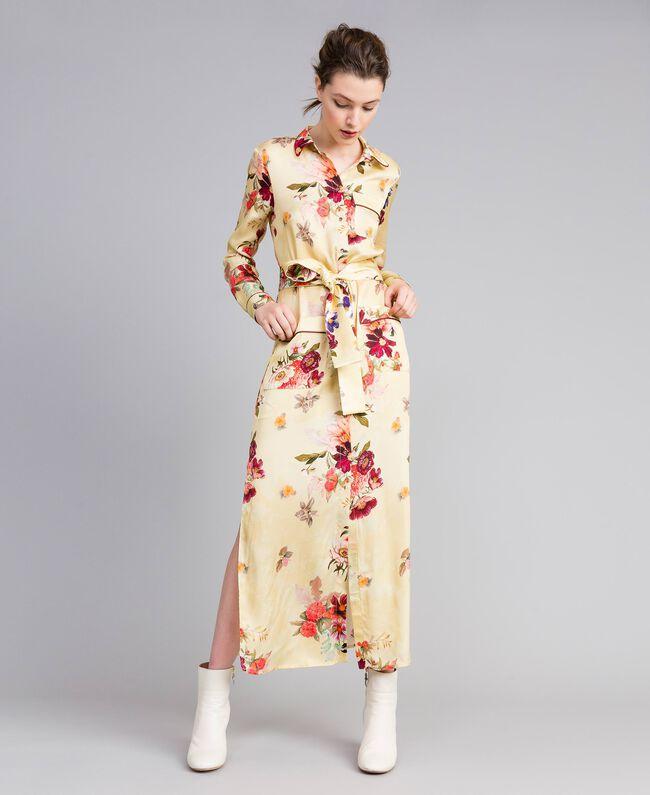 "Langes Hemdblusenkleid aus geblümtem Satin Print ""Tea Garden"" Rosa Frau PA829S-01"