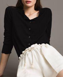 Shorts aus Leinenmischung Weiß Schnee Frau 191TP2205-04