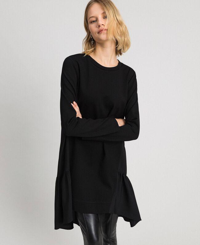 Kleid mit asymmetrischem Volant Frau, Schwarz | TWINSET Milano