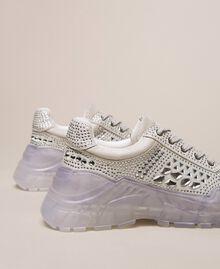 Chaussures de running en cuir velours et strass Blanc Femme 201MCT042-03