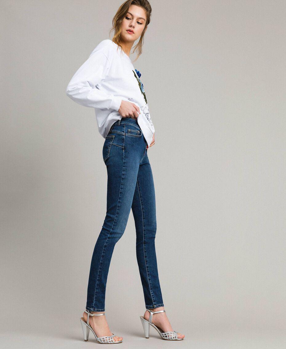 Sweatshirt mit Aufdruck und Stickerei Weiß Frau 191MT2351-02