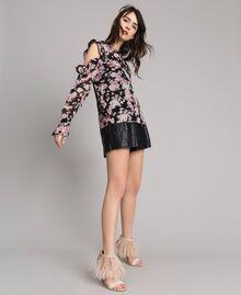 """Floral print georgette blouse """"Pink Bouquet"""" Pink Black Print Woman 191TP2715-02"""