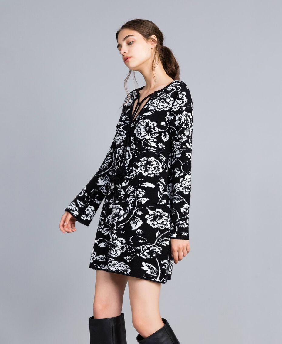 Jacquard knitted floral print dress Black Flower Jacquard Woman SA83EC-02