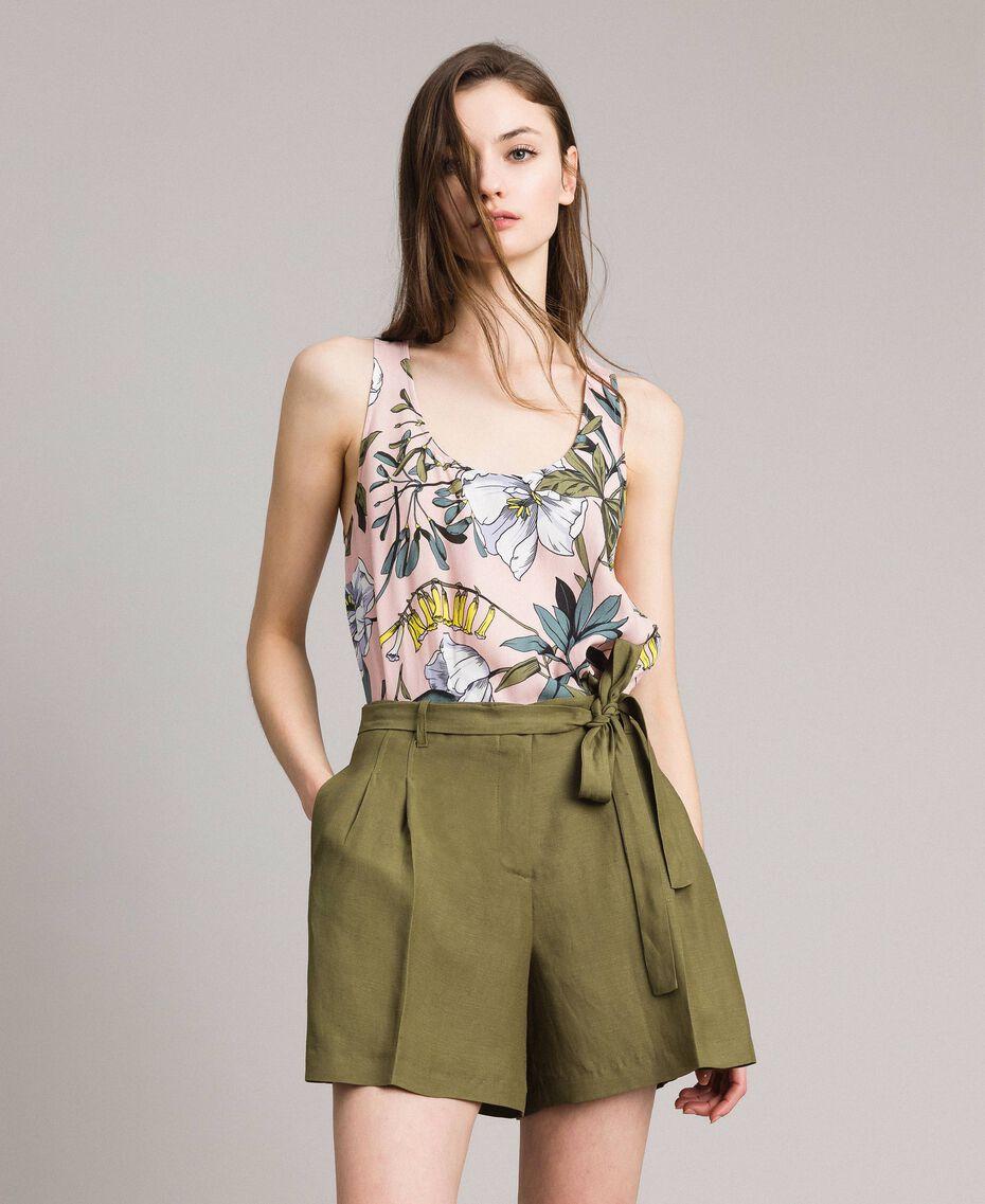 """Linen shorts """"Olive"""" Green Woman 191TT2309-01"""