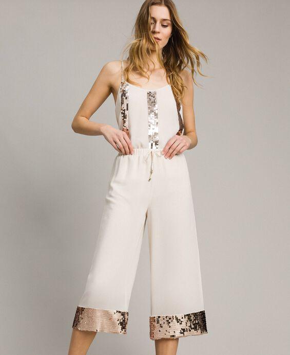Pantalon cropped avec paillettes
