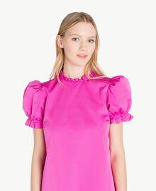 Kleid aus technischem Gewebe Pink Frau PS82J2-04
