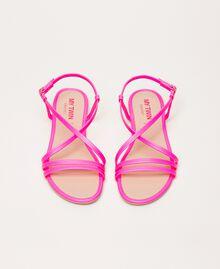 Sandales plates en similicuir fluo Fuchsia Fluo Femme 201MCT010-05