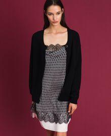 Pull-cardigan avec cœur Bicolore Noir / Blanc Neige Femme 192TP3320-05