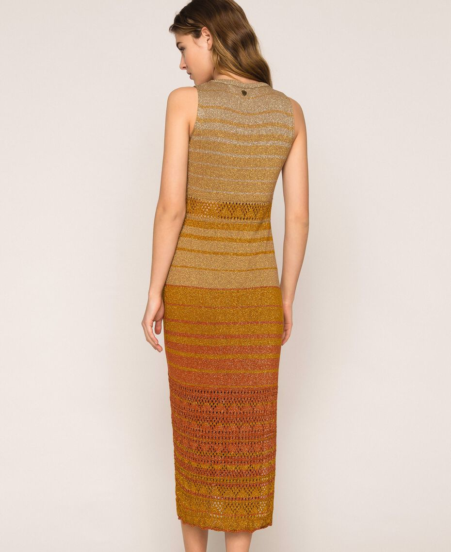 Vestido largo de tejido de lúrex de rayas Rayas Multicolor Oro Mujer 201TT3091-03