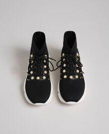 Текстильные кроссовки с жемчугом и заклепками Черный женщина 192TCP062-04
