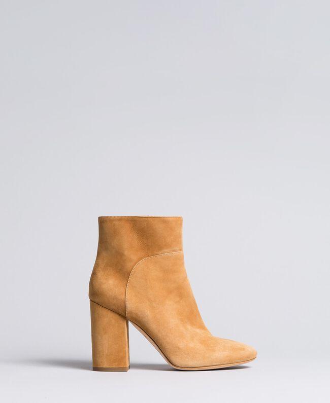 Ankle-Boot aus Leder Camel Frau CA8PL1-01