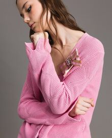 Cotton cardigan with brooch Hydrangea Pink Woman 191MP3092-05