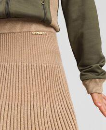 Gerippter Strickrock aus Lurex Farro-Beige Kind 192GJ3011-04