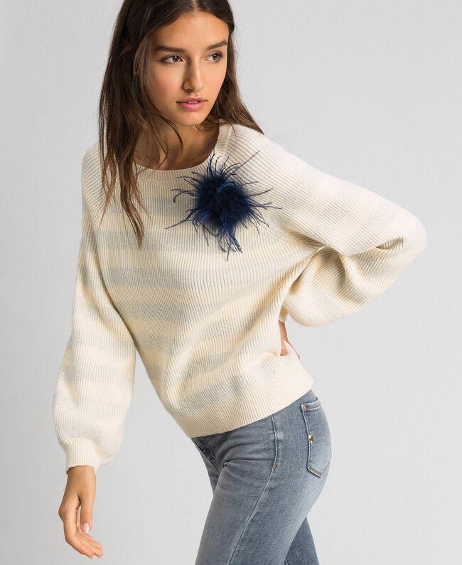 Pull à rayures bicolores avec lurex et broche Rayé Blanc «Crème» / Argent Femme 192ST3080-01