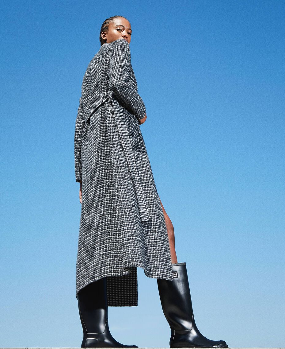 Double wool cloth reversible coat Black / Snow White Check Design Woman 202TP205C-01