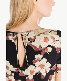 "Blusa estampada Multicolor ""Estampado Flores Cerezo"" TA7253-04"